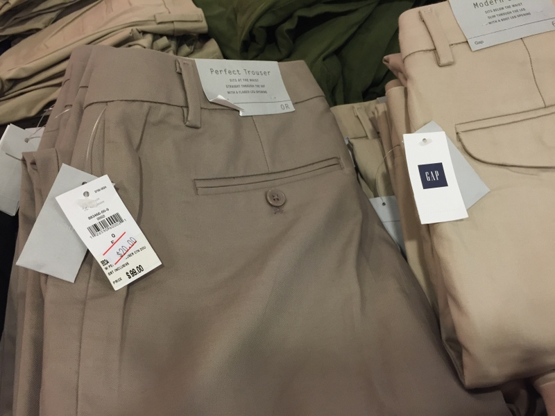 imm outlet mall GAP