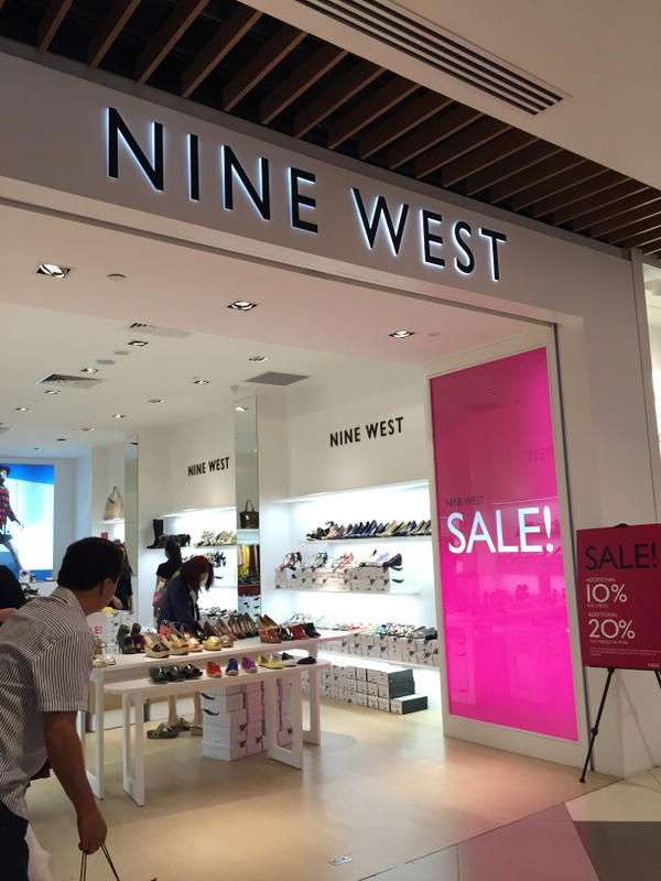 imm outlet mall nine west